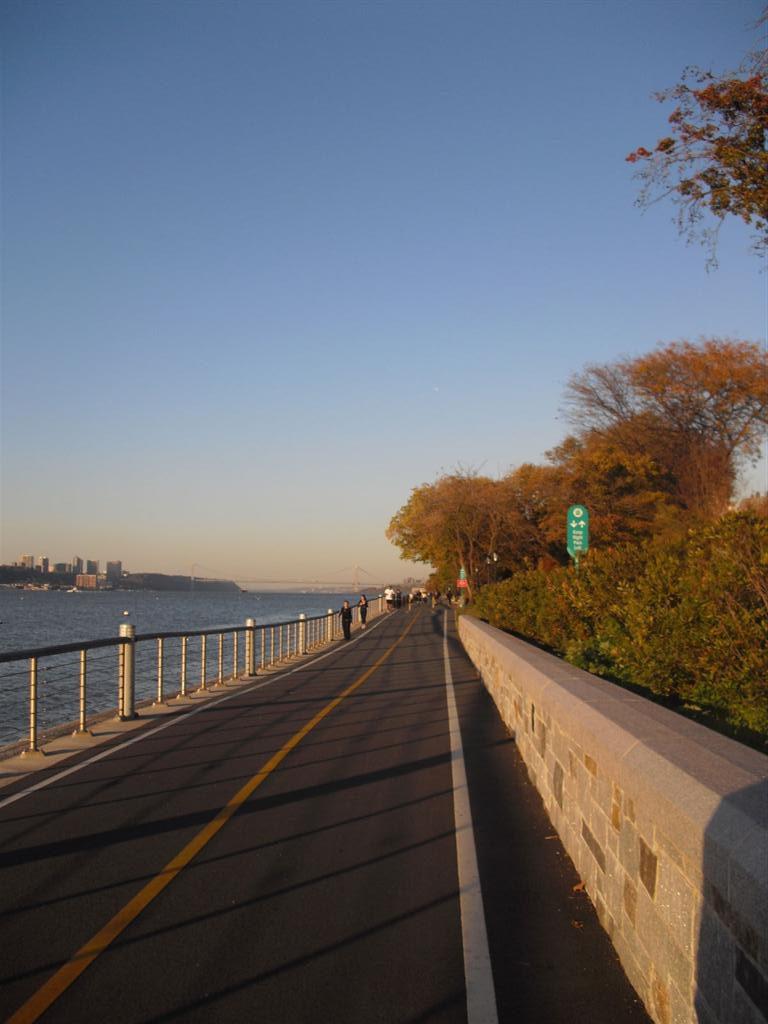 Riverside Park 2