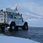 Auto in Ijsland winter