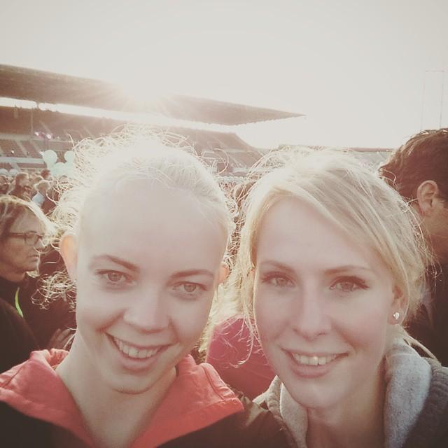 We Run Amsterdam pre running selfie