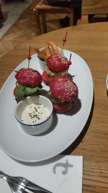 Mini Burgers Flax and Kale