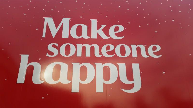 Daily Snaps #1 Make someone happy