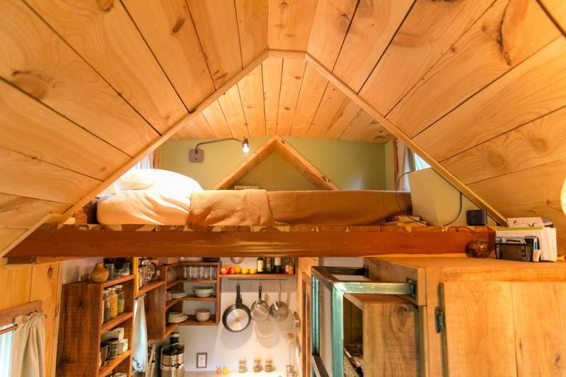 Tiny House bed