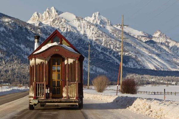 Tiny Ski Lodge