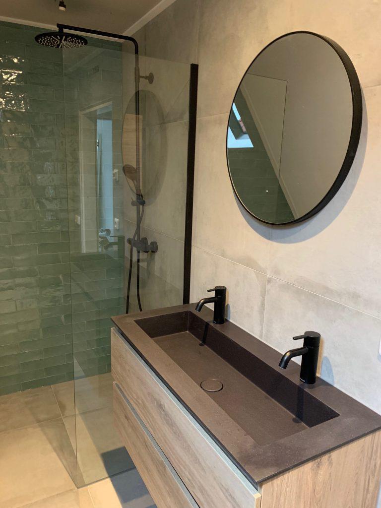 Huisje update: oude badkamer