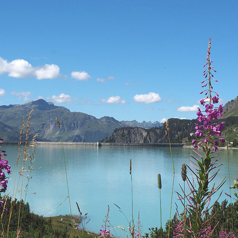 Hoe wij meer duurzaam geen leven - A life on our planet. Stuwmeer vlakbij Ischgl in Oostenrijk